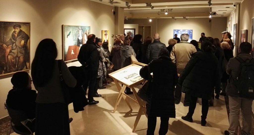 Multitudinària inauguració de l'exposició Ramon Llovet al Berger Balaguer