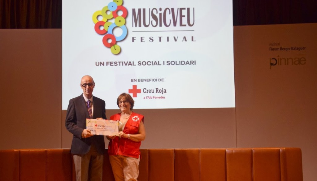 El Festival MUSiCVEU lliura la recaptació solidària a la Creu Roja a l'Alt Penedès