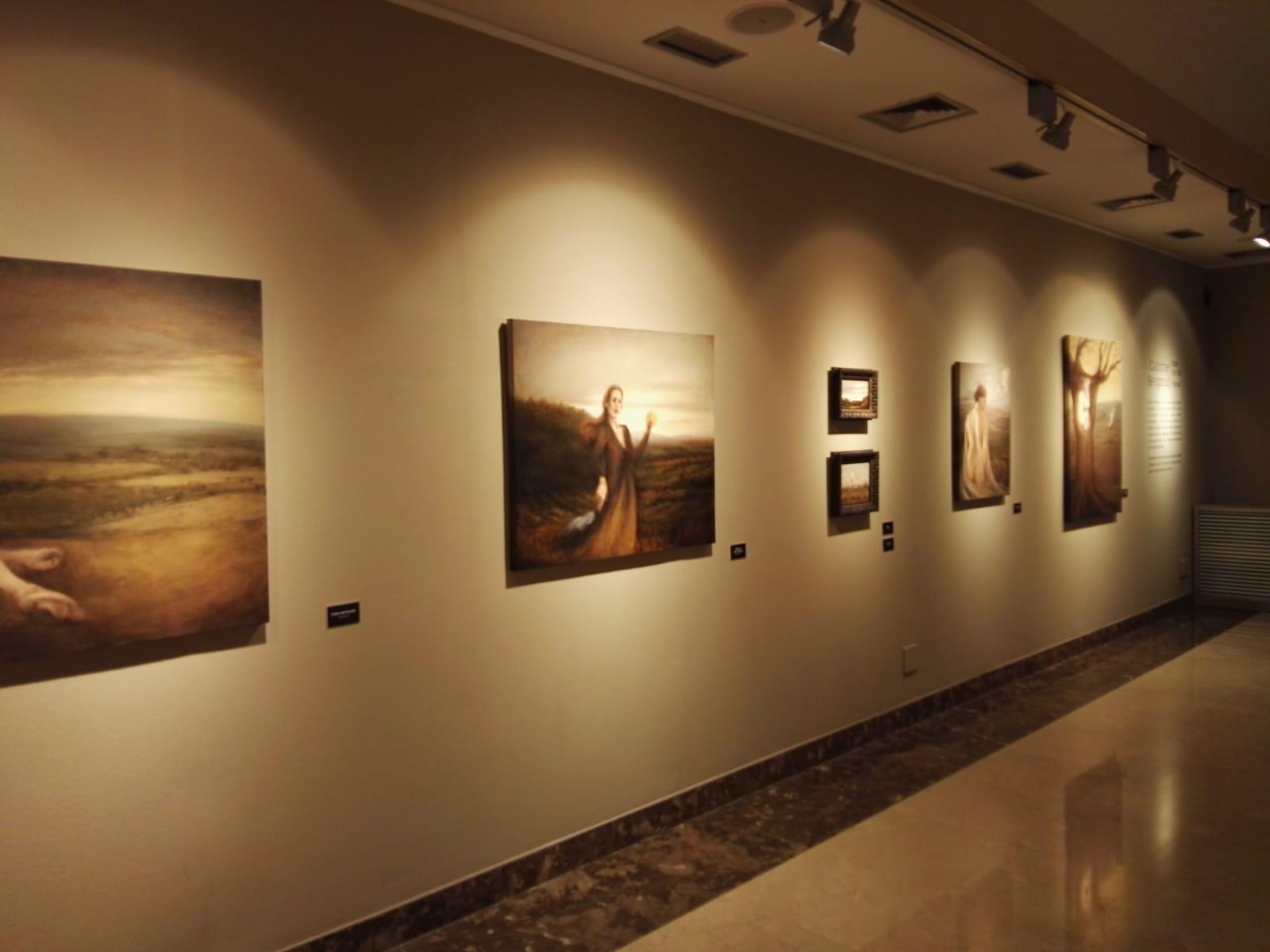 La subasta de una obra cerrará la exposición de Cathrine Bergsrud este fin de semana