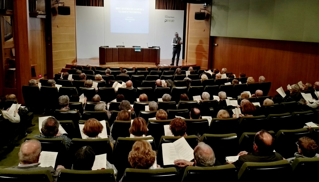 S'inicia un seminari sobre Història de la Música amb èxit de participació