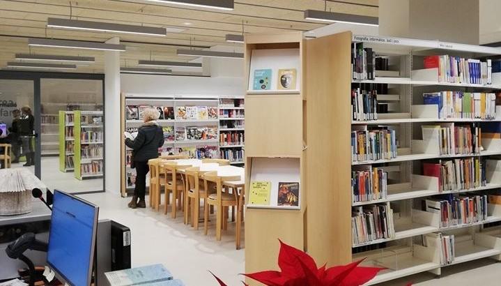 La Fundació Pinnae formalitza un conveni de cessió d'un local per instal·lar la nova biblioteca a Vallirana