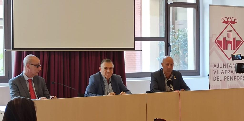 """L'Ajuntament de Vilafranca engega una campanya de suport al comerç local anomenada """"Compra Vilafrancs"""""""